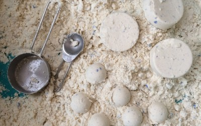 Cloud dough is soft and can be moulded into shapes.