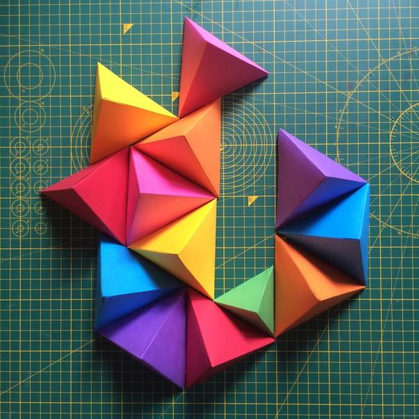 3D tetrahedron models.